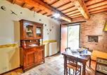 Location vacances Montefortino - Zona Artigianale Callarella Villa Sleeps 4 Pool-4