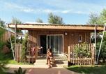 Camping avec Piscine Castelnau-de-Guers - Les Méditerranées - Camping Beach Garden-4