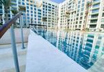 Location vacances Manama - Brand New Beachfront Studio-2