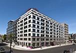 Location vacances Berlin - Adina Apartment Hotel Berlin Hackescher Markt-1