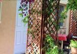 Location vacances Cuges-les-Pins - Studio in Ceyreste with enclosed garden and Wifi-1