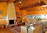 Location vacances Montelupo Fiorentino - Bobolino Villa Sleeps 4 Pool Wifi-3