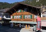 Location vacances Adelboden - Im Zentrum-1