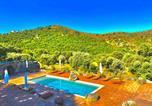 Résidence de Luxe 4 étoiles à Pietralba, 4 logements piscine chauffée Balagne