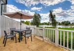 Location vacances Cricklade - Stunning lakeside lodge within Cotswold Water Park-2