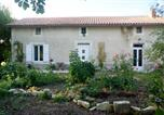 Location vacances Marcillac-Lanville - Willow Tree Cottage-1