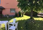 Location vacances Hèches - Appartement indépendant dans Villa Corisande-1