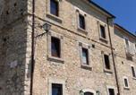 Location vacances Castel del Monte - La Locanda delle Streghe - Relais Ristorante-1