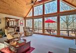 Location vacances Macon - Spacious Lake Sinclair A-Frame with Boat Dock and Slip!-3
