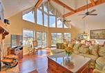 Location vacances Dillard - Picturesque Sky Haus Sanctuary with Mountain Views-4