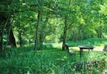 Location vacances Espinasse-Vozelle - Domaine Les Gandins-1