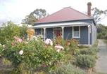 Location vacances Traralgon - Yarram Cottage: Art and Accommodation-1