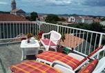 Location vacances Pakoštane - J&B Apartment & Room-1
