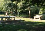 Camping avec Piscine couverte / chauffée Maine-et-Loire - Camping La Vallée des Vignes-4