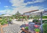 Location vacances Bevagna - Spello Villa Sleeps 4 Pool Air Con Wifi-2