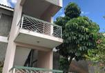 Location vacances Kingston - Cityscape at Chelsea Manor / New Kingston Studio!-3