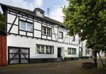 Location vacances Heimbach - Haus am Giebel-1