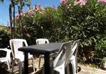 Location vacances Salavas - Gîtes Le Mas du Vieux Chêne-3
