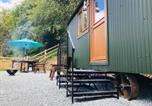 Location vacances Beguildy - Shepherds Hut, Self catering, Mid-Wales, Powys-2
