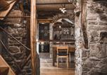 Location vacances Trezzone - Appartamenti montemezzo le case in pietra Vista lago-1