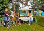 Camping avec Piscine couverte / chauffée Saint-Yvi - Campéole Domaine de la Pinède-1