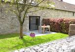 Location vacances Ouffet - Traditional Cottage in Ardennes with private terrace-4