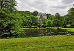 Location vacances Lhomme - Gite La Suite Ducale Chateau La Roche Racan-2