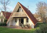 Location vacances Hardenberg - Three-Bedroom Holiday Home in Gramsbergen-1