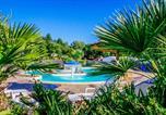 Camping avec Quartiers VIP / Premium Lannion - Flower Camping de Mesqueau-2