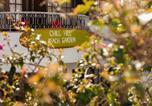 Hôtel Mafra - Ericeira Chill Hill Hostel & Private Rooms - Peach Garden-1