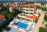 Location vacances Ličko-Senjska - Pansion Comfort Bok-1