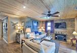 Location vacances Peru - 'Cozy Cottage' with Dock and Patio by Indiana Beach-4