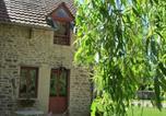 Location vacances Mont-Saint-Jean - Gite les Hirondelles-3