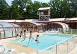 Camping avec Piscine couverte / chauffée Loches - Camping DéfiPlanet'-1
