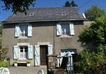 Location vacances Saint-Martin-Valmeroux - Maison De Vacances - Auzers-3