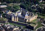 Location vacances  Ardennes - Maison à Sedan à 100m du château fort-1