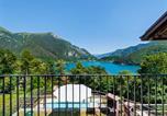 Location vacances Molina di Ledro - Holiday Home in Molina di Ledro with Pool-1