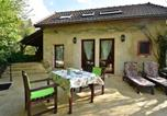 Location vacances Etang-sur-Arroux - Beautiful Holiday home in Onlay Burgundy with Terrace-2