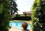 Location vacances  Province de Viterbe - Lake Bolsena Villa Sleeps 16 Pool Air Con Wifi-1