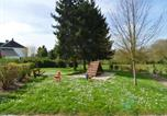 Location vacances Etréaupont - Spacious Holiday Home near Forest in Macon-4