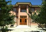 Location vacances  Ouzbékistan - Brown Hill-1
