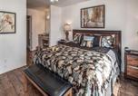 Location vacances Alto - Sierra Lake Vista 5 Bedrooms, Lake View, Game Room, Hot Tub, Sleeps 10-3