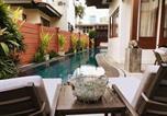 Location vacances Bang Kapi - Luxury Poolside Villa Og Eleven, Thong Lo, Bangkok-1