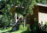 Camping avec Hébergements insolites Auvergne - Flower Camping Les Vernières-4