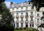 Hôtel Seur - Hôtel De France Et De Guise-1