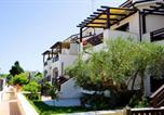 Location vacances  Province de Teramo - Samos - Cerrano Apartments-1