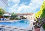 Location vacances Campanet - Modern Holiday Home in Campanet with Private Pool-1