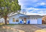 Location vacances Tulsa - Pet-Friendly Bartlesville Retreat with Yard!-1