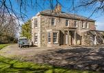 Location vacances Bodmin - Secluded Manor House with pool and tennis court-1