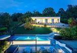 Location vacances  Province de Coni - Villa Anna, Luxury and private pool-1